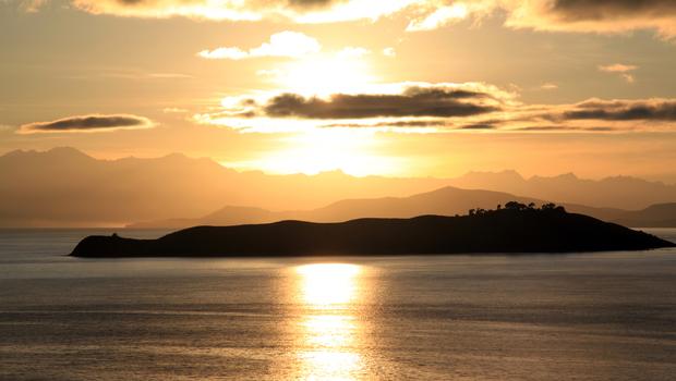 Sunrise on island De la Loona on the lake Titicaca in Bolivia