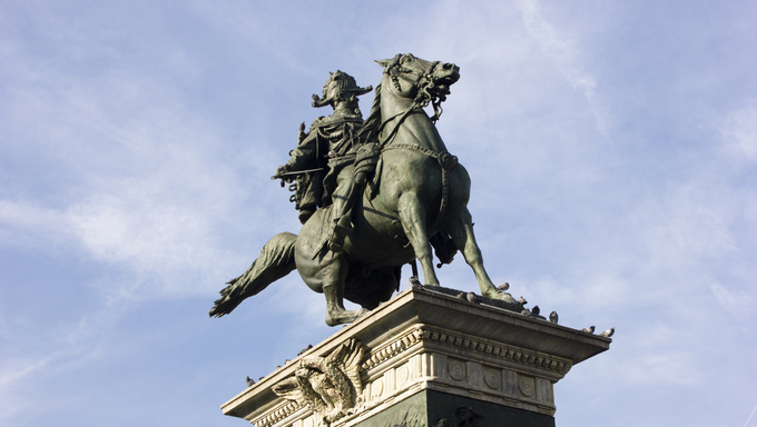 The famous statue of Vittorio Emanuele 2nd in front of the Milan Cathedral.