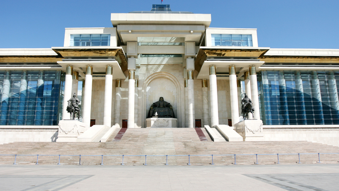 Ulan Bator / Ulaanbaatar, Mongolia: in front of the Parliament building, Suhbaatar square