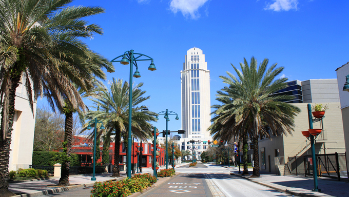 View of downtown Orlando, Florida, looking north on Magnolia Avenue at the Orange County courthouse.