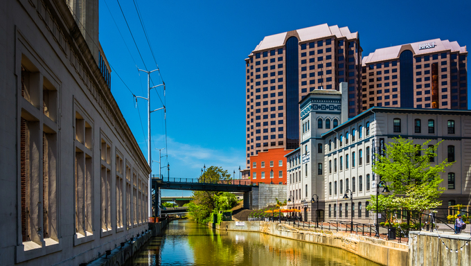 Buildings along the canal in Richmond, Virginia.