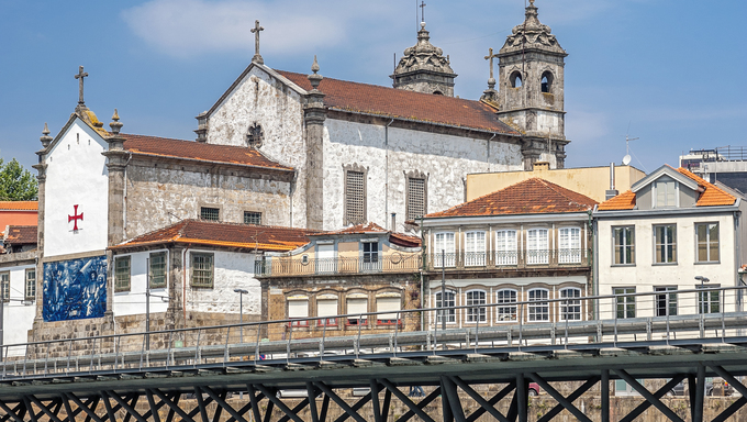 Portugal, Porto. Church of the Brotherhood of the Holy Souls and Bodies (Igreja do Corpo Santo de Massarelos) founded in 1394 in memory of the sailors who died . Facade of the church is decorated with beautiful tiles azulezhu .