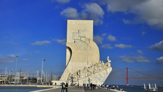 discoveries portugal lisbon statue monument belim portuguese stone river