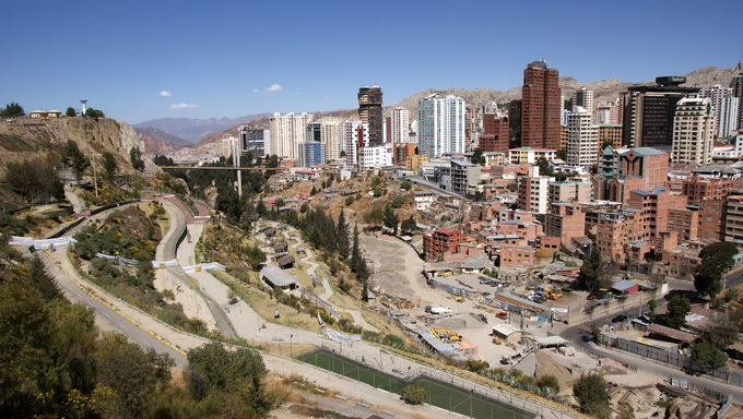 The view from above La Paz.