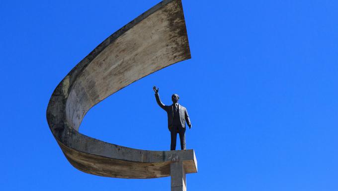 Memorial JK - Futuristic Brazilian President Memorial Statue