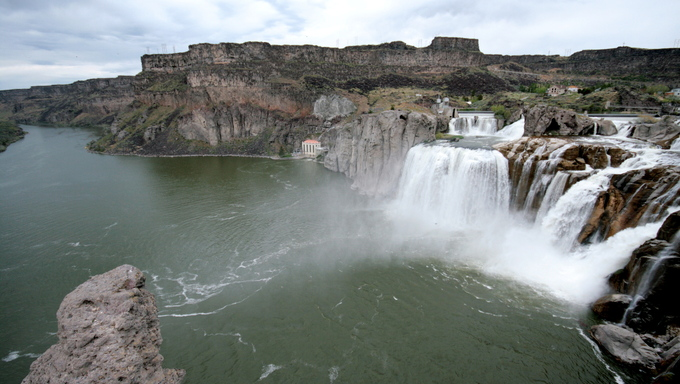 Another picture of Shoshone Falls near Twin Falls.