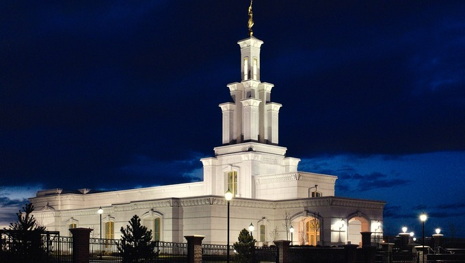 The Columbia River LDS Temple at night.