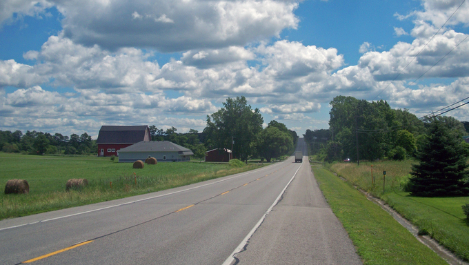 Amazing rural country road in Utica.