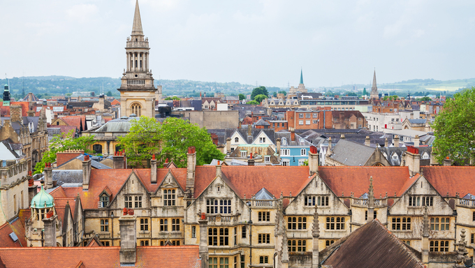 Cityscape of Oxford, Oxfordshire, England.