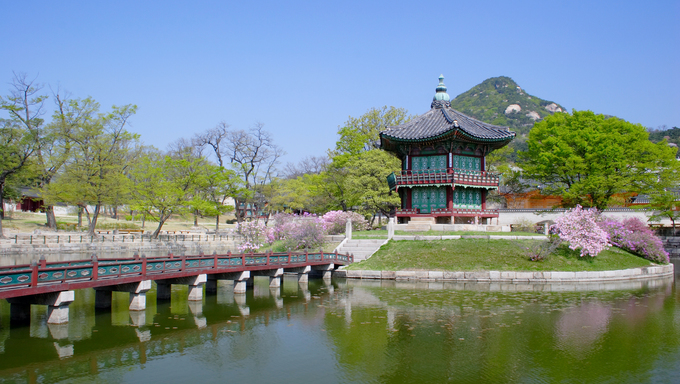 An old historic pavillion at Kyoungbok Palace in Seoul.
