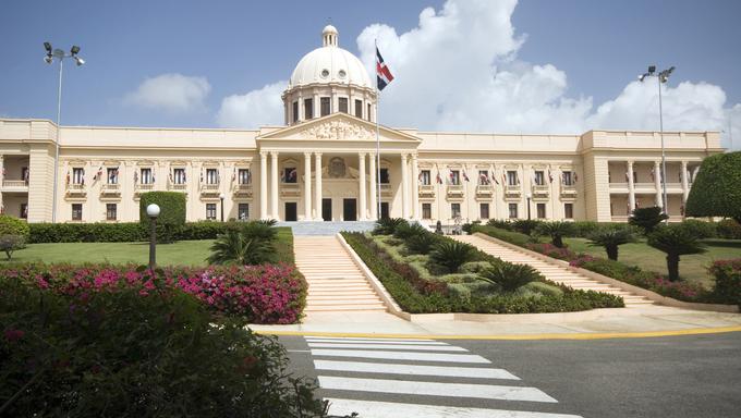 palacio nacional the national palace santo domingo dominican republic beautiful government building