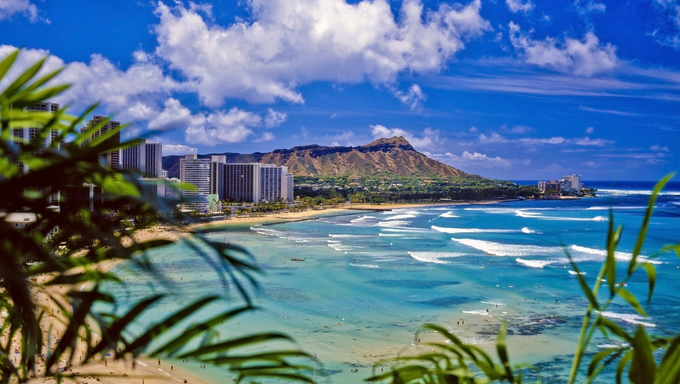 Photo of Waikiki beach and Diamond head crater.