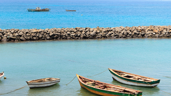 boat sal santa maria cape verde island