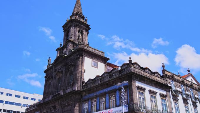 Igreja da Trinidade - Trinity Church in Porto, Portugal