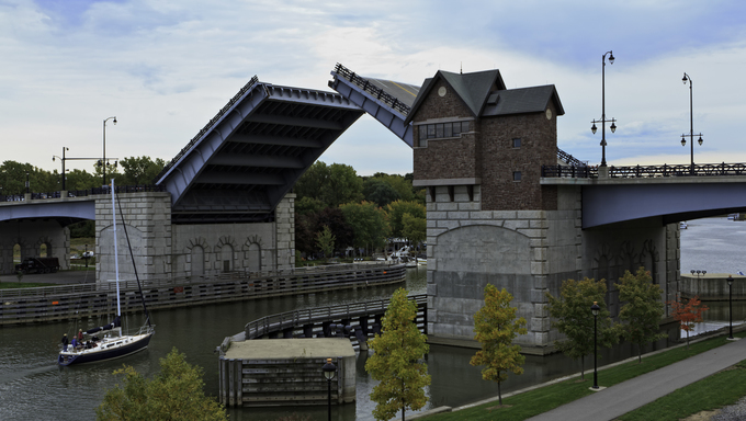 Classic draw bridge in Rochester.