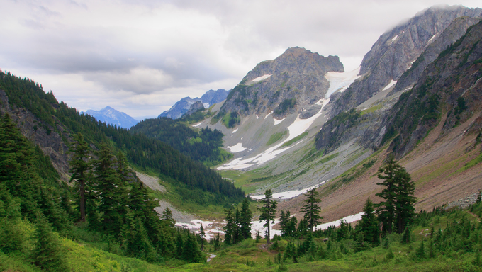 Mountain valley in North Cascades National Park, Washington State.