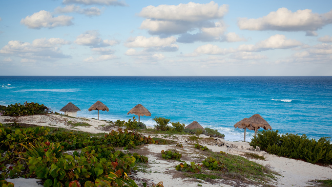 Wide angle ocean view in Cancun Mexico.