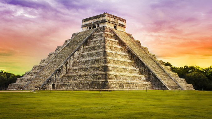 Pyramid Kukulkan temple. Chichen Itza. Mexico. Maya civilization