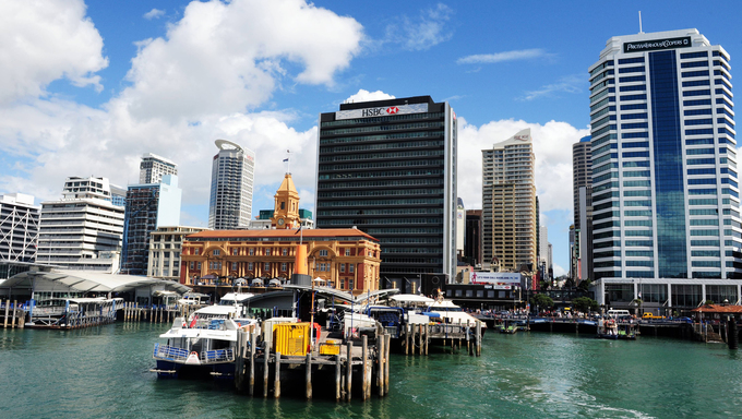 Auckland downtown Port.