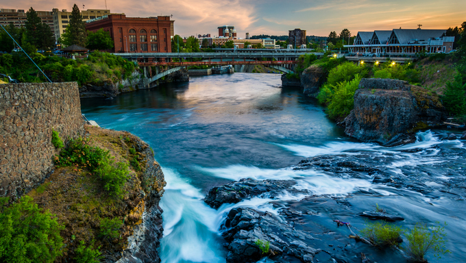 Spokane Falls and view of buildings in Spokane, Washington.