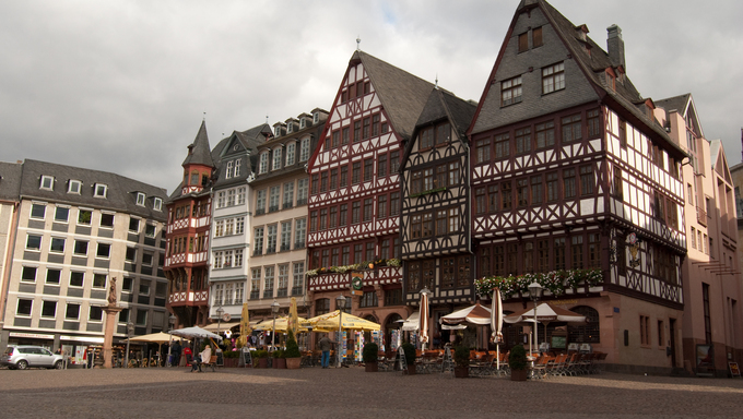 Medieval buildings on Frankfurt market square, Hessen, Germany