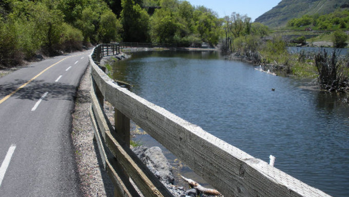 A bike trail in Provo that runs over the Provo River.