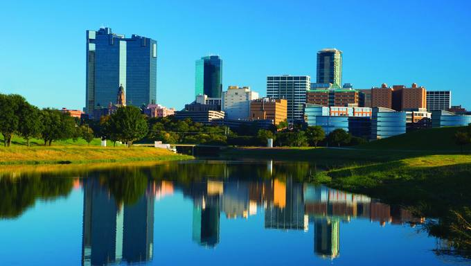 Another view of the skyline and buildings of Fort Worth.