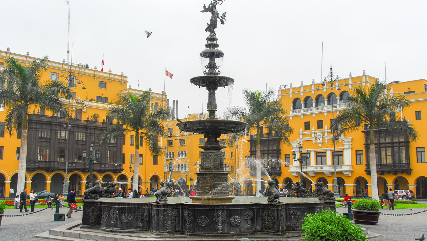 LIMA, PERU - AUGUST 21, 2006: Main Square - Plaza de Armas (Plaza Mayor) of Lima, Peru.