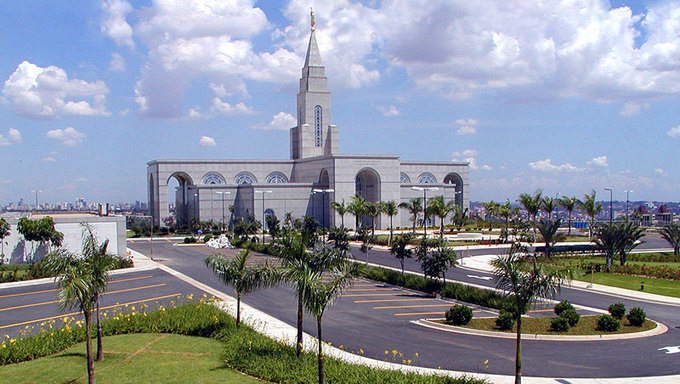 The LDS temple in Campinas.