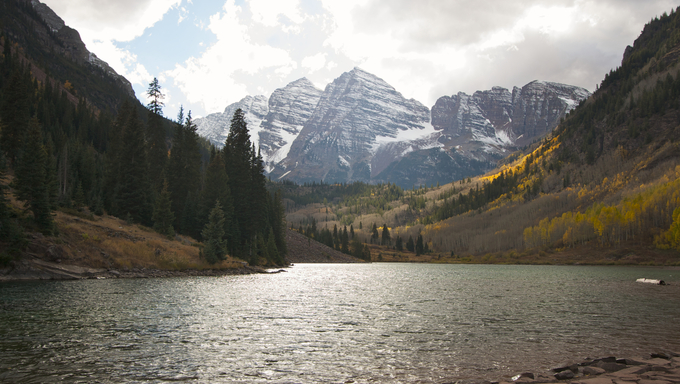 Maroon Bells and Maroon Lake in Aspen, Colorado.