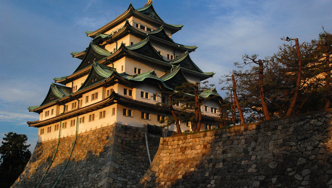 Nagoya Castle is a fortification built in the beginning of the Edo period by the ruling Tokugawa family. It is considered one of Japan's most important castles and is a symbol of Nagoya.