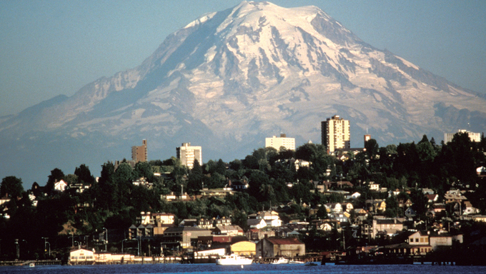 Federal Way, WA and Mount Rainier.