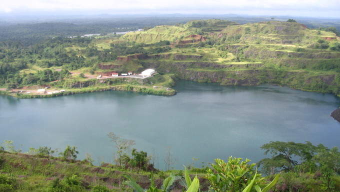 Bomi Lake in Bergbau, Liberia.