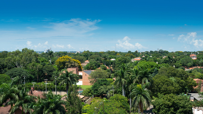 An overview of a residential neighborhood in Asuncion.