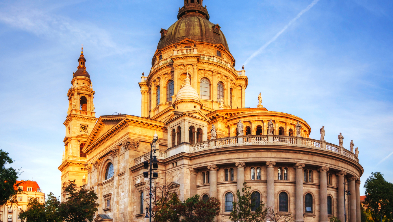St. Stephen basilica in Budapest, Hungary in the morning