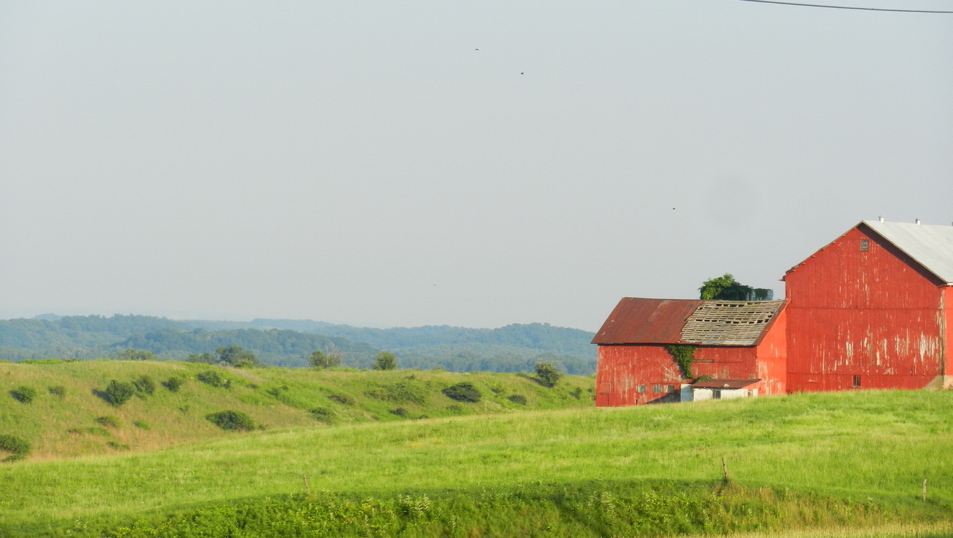 Gorgeous country and hill scenery of Utica.