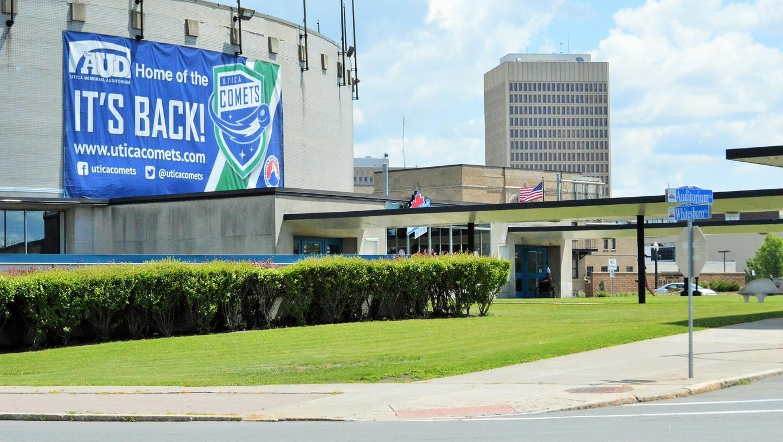 Utica Memorial Auditorium History of The Utica Memorial and Ice Hockey rink.